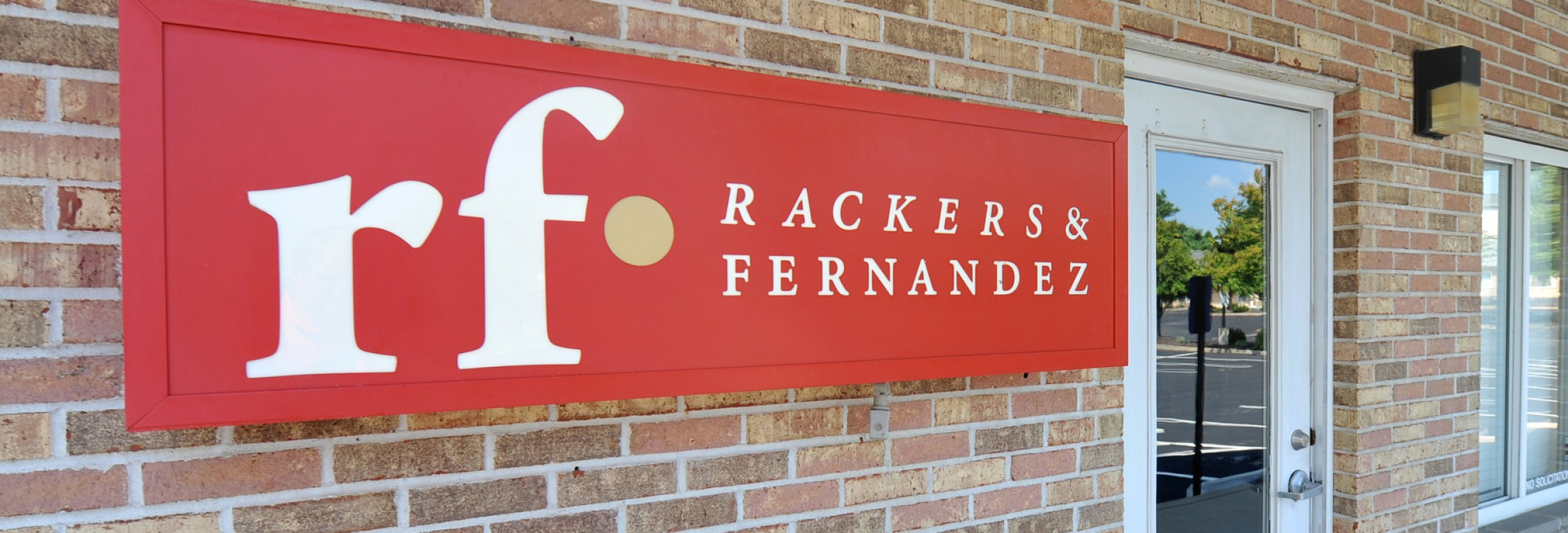 Rackers and Fernandez Sign